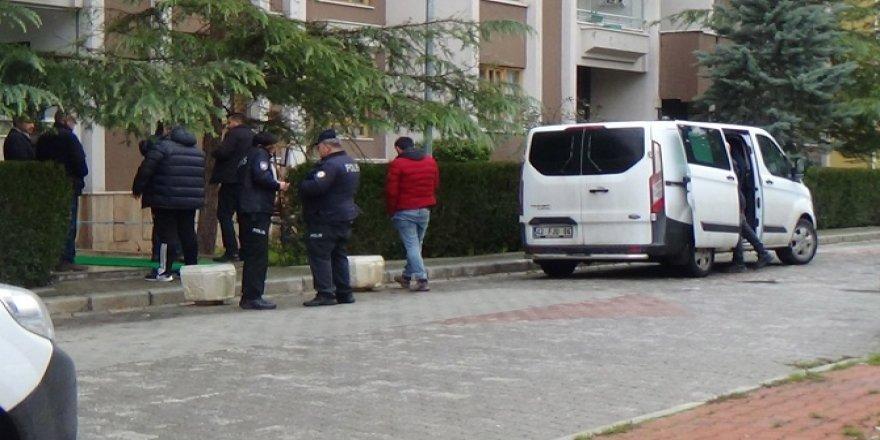 Konya'da pencereden düşen kadın hayatını kaybetti