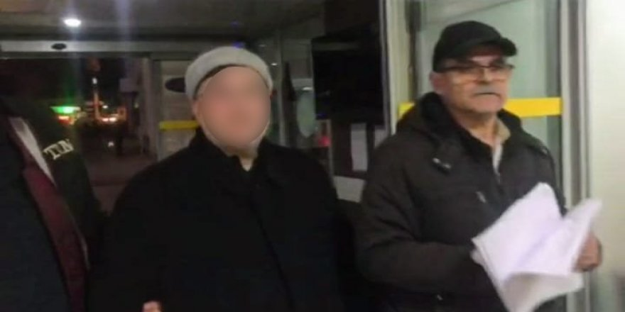 """FETÖ'nün sözde """"Malezya imamı"""" olan Ahmet K. ile eşi, Konya'da gözaltına alındı"""