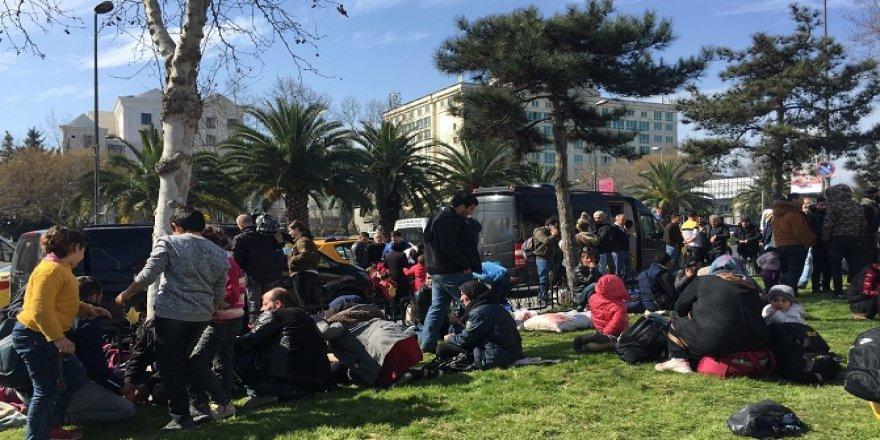 Vatan Caddesi'nde göçmen yoğunluğu giderek artıyor