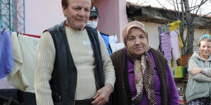 """Süreyya Teyze: """"Bir Emrimiz Olur, Yazın Çay İçmeye Bekliyorum"""""""