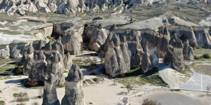 Türkiye'nin turizm bölgesi Kapadokya havadan görüntülendi
