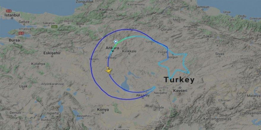 THY, gökyüzünde dünyanın en büyük Türk bayrağını açtı