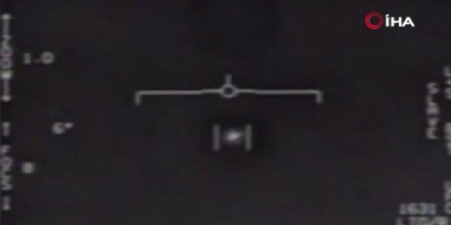 Pentagon, UFO olduğu iddia edilen cisimlerin görüntülerini paylaştı
