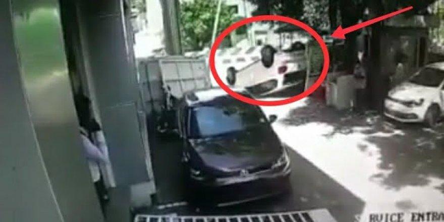Sıfır araç aldı, 20 saniye sonra takla attı