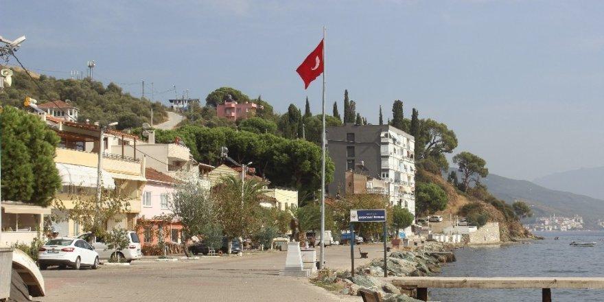 Tabiat harikası köyüne 7 tane tabela taktırdı, yine de kimse bulamıyor