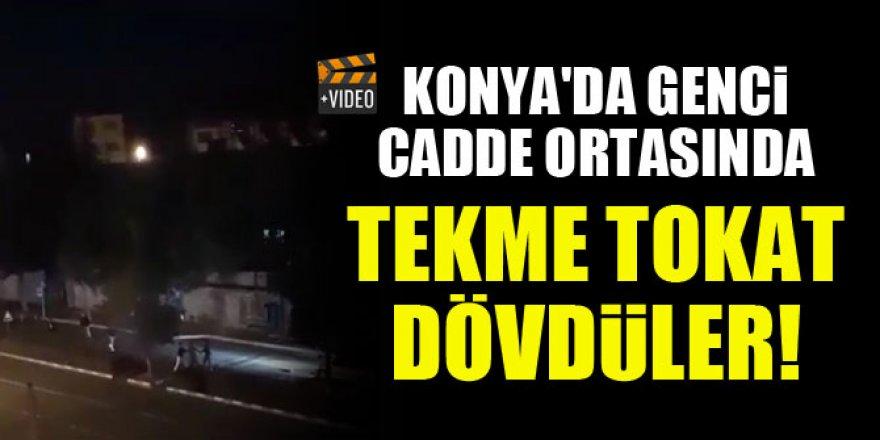 Konya'da genci cadde ortasında tekme tokat dövdüler!