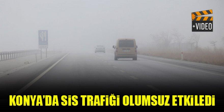 Konya'da sis trafiği olumsuz etkiledi