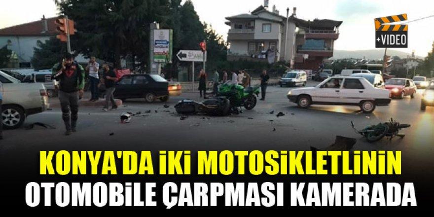 Konya'da iki motosikletlinin otomobile çarpması kamerada