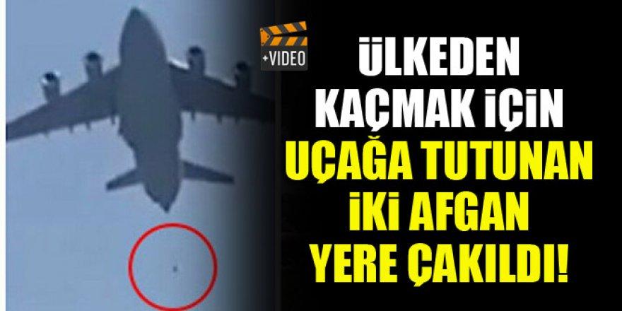 Ülkeden kaçmak için uçağa tutunan iki Afgan yere çakıldı!