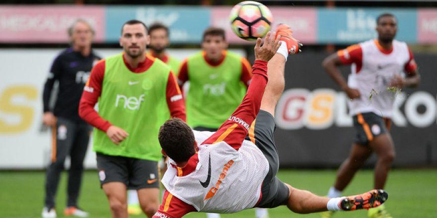 Sabri Sarıoğlu rövaşata golü izle