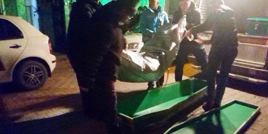 Konya'da yaşlı çift sobadan sızan gazdan zehirlenerek öldü