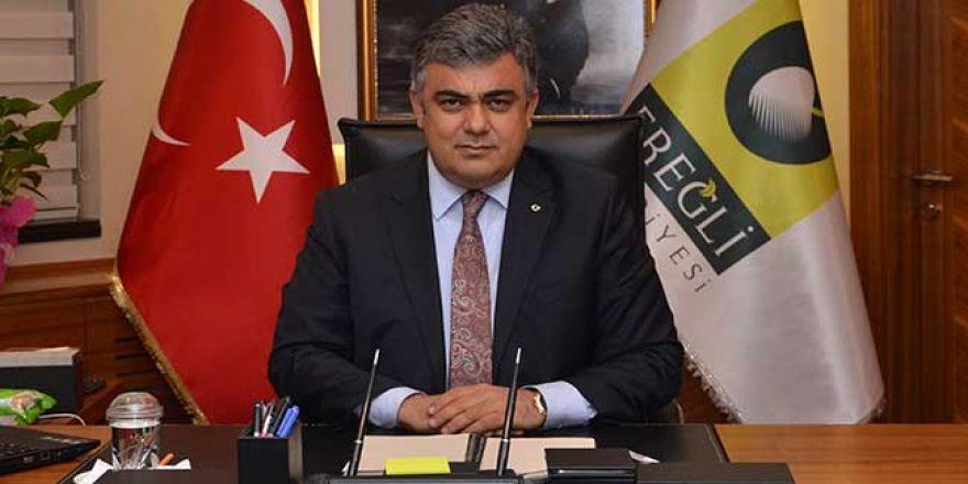 Belediye Başkanı Özkan Özgüven konuşma esnasında tepksini gösterdi