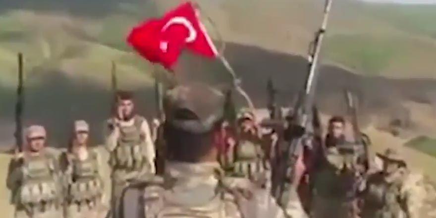 Mehmetçik'ten Dombralı komando marşı!
