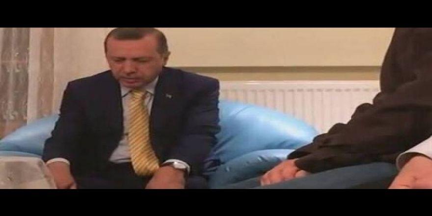 Cumhurbaşkanı Erdoğan'dan şehit evinde Kur'an tilaveti