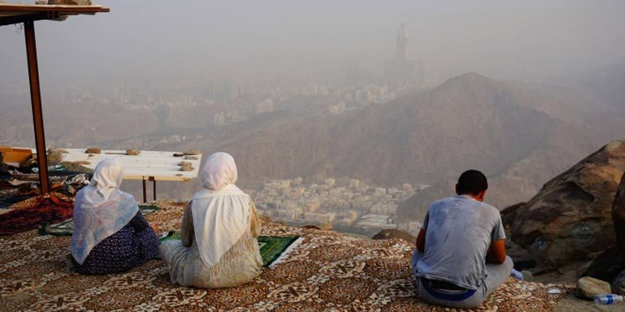 Müslümanlar Sevr'e akın ediyor