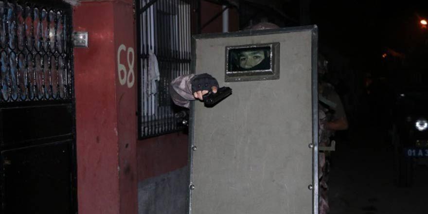 Torbacı evini güvenlik kamerasıyla koruyor