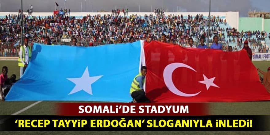 Somali'deki terör protestosunda Erdoğan sloganları